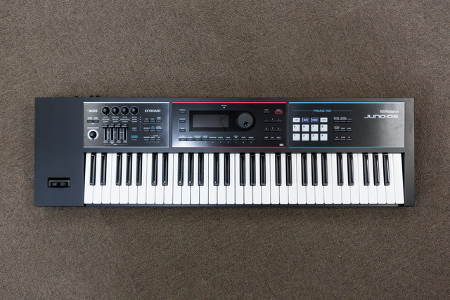 Synthesizer Roland JUNO DS-601